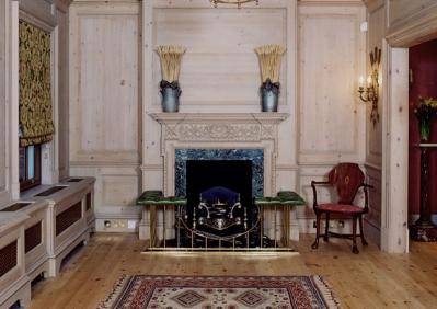 Using antique wood fireplaces in your home