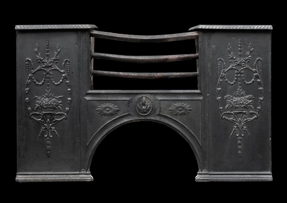 A 19th century English cast iron hob grate