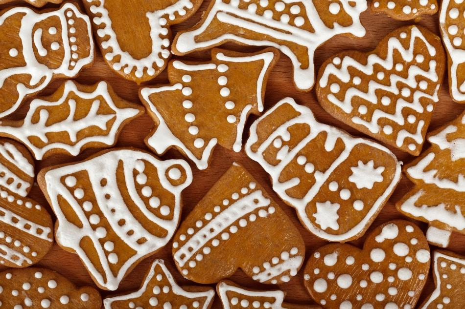 Festive iced gingerbread biscuits