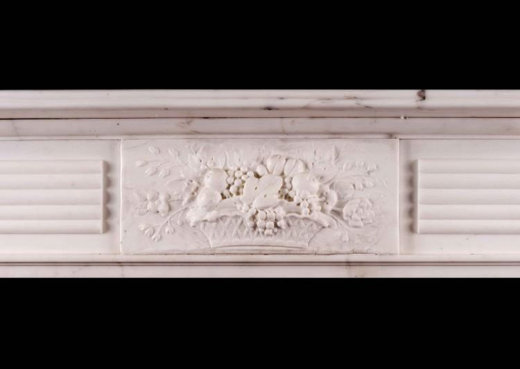A LARGE ENGLISH PERIOD REGENCY FIREPLACE IN STATUARY MARBLE-Detail2