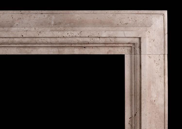 A STYLISH ITALIAN FIREPLACE IN TRAVERTINE STONE-Detail1