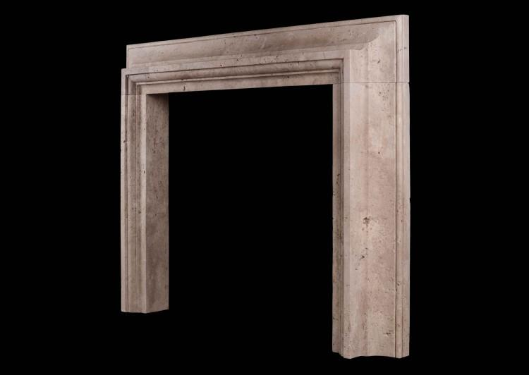 A STYLISH ITALIAN FIREPLACE IN TRAVERTINE STONE-Detail3
