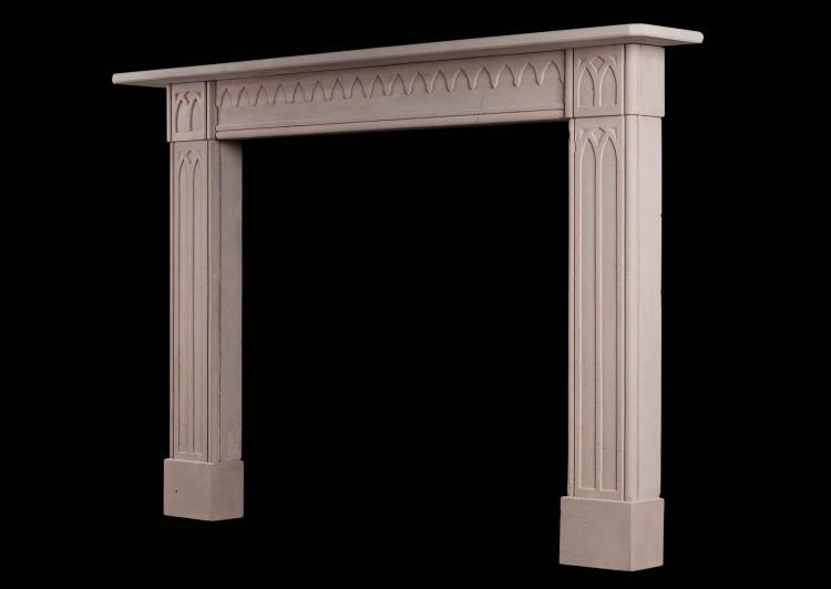 A LATE GEORGIAN ENGLISH LIMESTONE FIREPLACE IN THE GOTHIC STYLE-Detail2