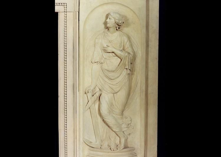 A RARE AND BEAUTIFUL ENGLISH COADESTONE FIREPLACE, CIRCA 1790-Detail2
