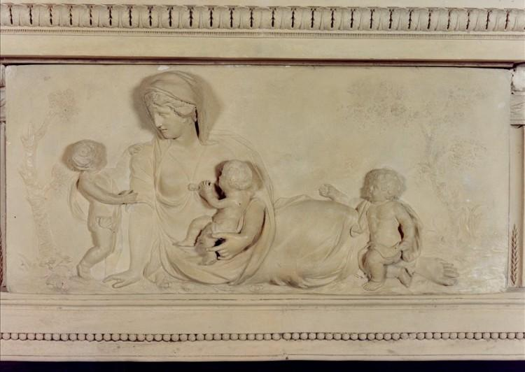 A RARE AND BEAUTIFUL ENGLISH COADESTONE FIREPLACE, CIRCA 1790-Detail3