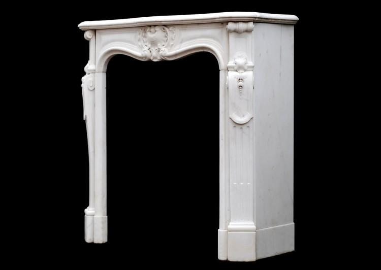 A PETITE FRENCH LOUIS XV STYLE STATUARY MARBLE FIREPLACE-Detail4