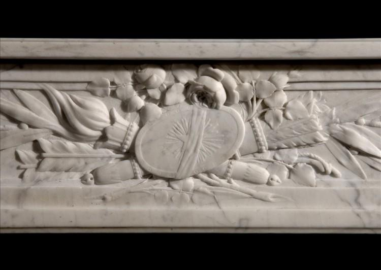 AN 18TH CENTURY FRENCH LOUIS XVI VEINED WHITE MARBLE FIREPLACE-Detail1