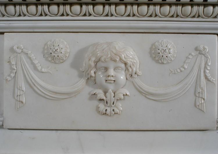 A 19TH CENTURY ENGLISH STATUARY AND INLAID TINOS MARBLE FIREPLACE-Detail5