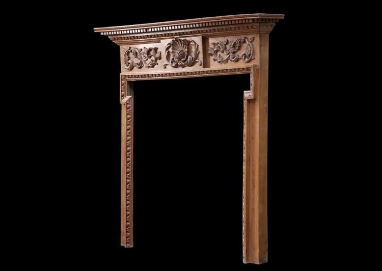 AN ENGLISH CARVED PINE FIREPLACE-Detail2