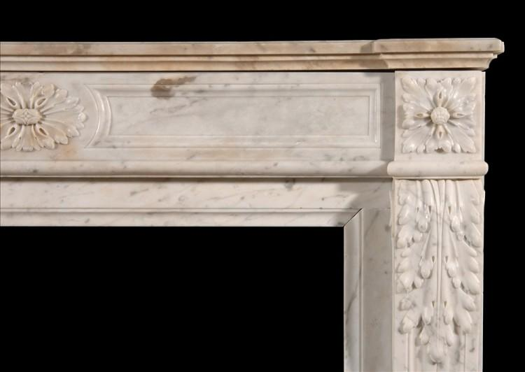 A LOUIS XVI STYLE CARRARA MARBLE FIREPLACE-Detail2