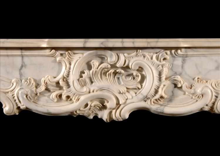 A FRENCH PROVENCALE STYLE ARABESCATO MARBLE FIREPLACE-Detail1