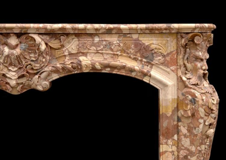 AN UNUSUAL FRENCH TRANSITIONAL STYLE BRECHE D'ALEP MARBLE FIREPLACE-Detail2