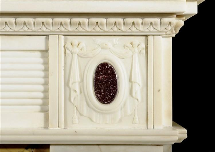 A REGENCY STYLE STATUARY MARBLE CHIMNEYPIECE INLAID WITH PORPHYRY-Detail2