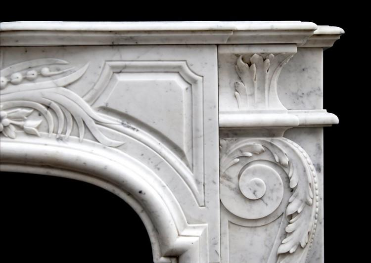 AN ATTRACTIVE LOUIS XIV STYLE CARRARA MARBLE CHIMNEYPIECE-Detail2