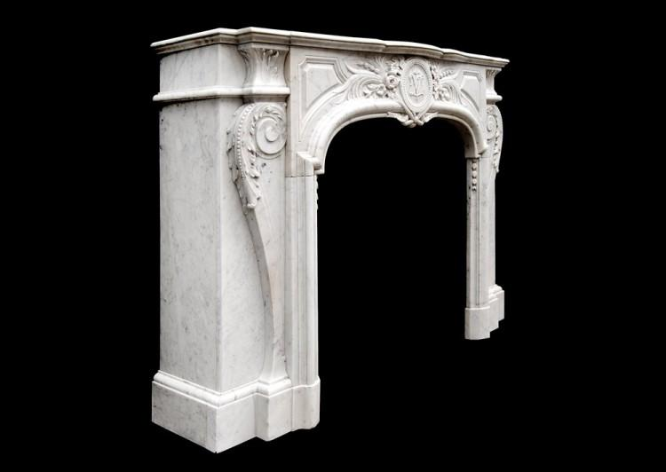 AN ATTRACTIVE LOUIS XIV STYLE CARRARA MARBLE CHIMNEYPIECE-Detail5