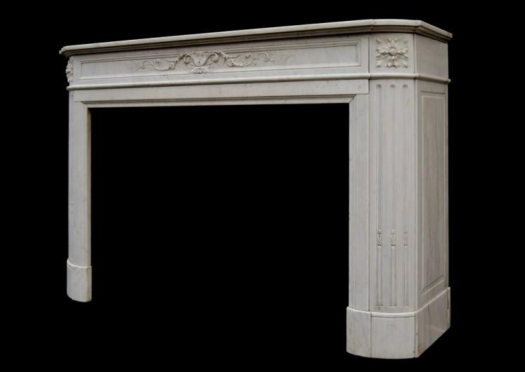 A 19TH CENTURY FRENCH LOUIS XVI CARRARA MARBLE FIREPLACE-Detail4