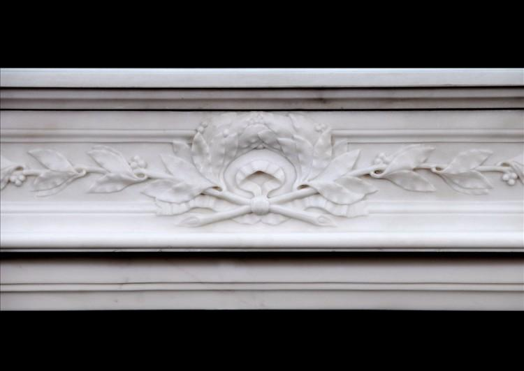 A FINE QUALITY FRENCH LOUIS XVI STYLE STATUARY MARBLE CHIMNEYPIECE-Detail3