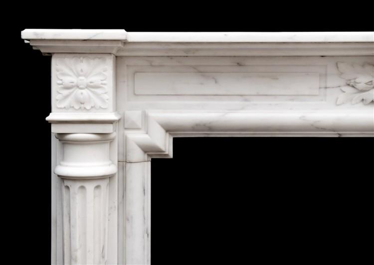 AN FRENCH LOUIS XVI STYLE FIREPLACE IN STATUARY MARBLE-Detail1