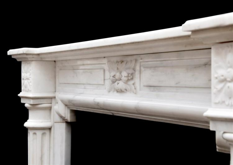 AN FRENCH LOUIS XVI STYLE FIREPLACE IN STATUARY MARBLE-Detail3
