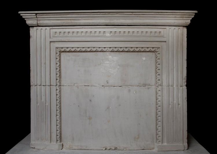 A LATE 18TH CENTURY FRENCH LOUIS XVI LIMESTONE FIREPLACE WITH TRUMEAU-Detail1