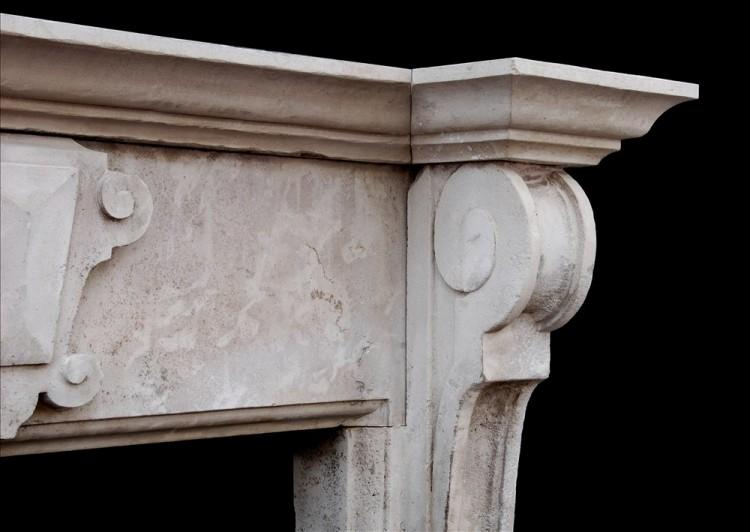 A LARGE ENGLISH LIMESTONE FIREPLACE WITH SHAPED BRACKETS-Detail2