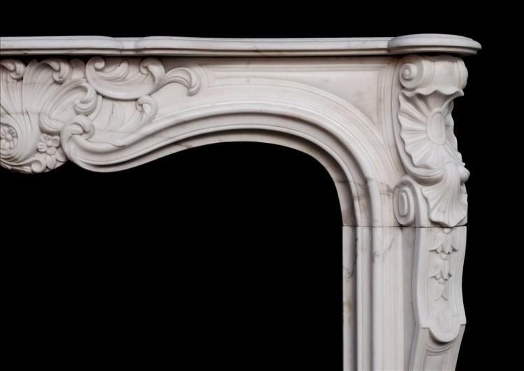 A 19TH CENTURY FRENCH LOUIS XV STYLE WHITE MARBLE FIREPLACE-Detail1