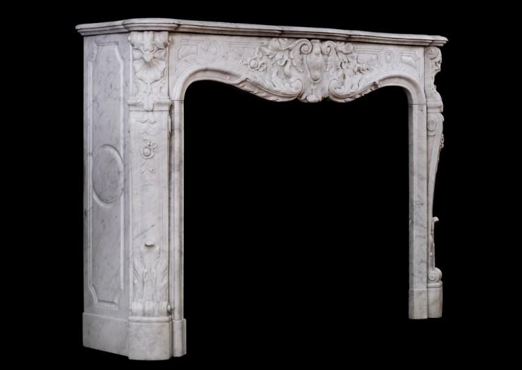 A FINE QUALITY CARVED FRENCH LOUIS XV CARRARA FIREPLACE-Detail3