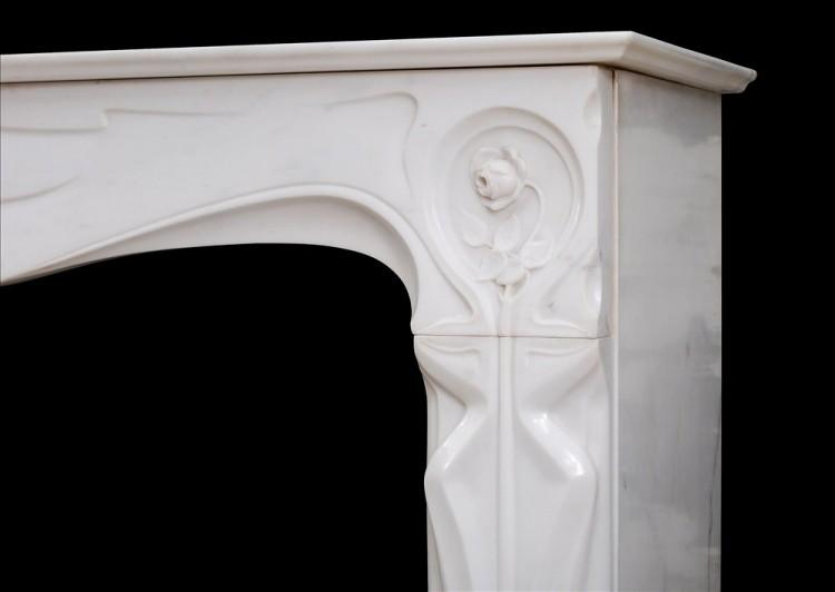 A REFINED FRENCH ART NOUVEAU WHITE STATUARY MARBLE FIREPLACE-Detail3