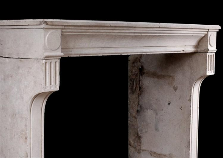 A RUSTIC 18TH CENTURY FRENCH LOUIS XVI LIMESTONE FIREPLACE-Detail2