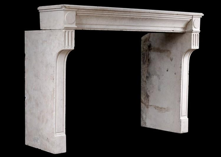 A RUSTIC 18TH CENTURY FRENCH LOUIS XVI LIMESTONE FIREPLACE-Detail4