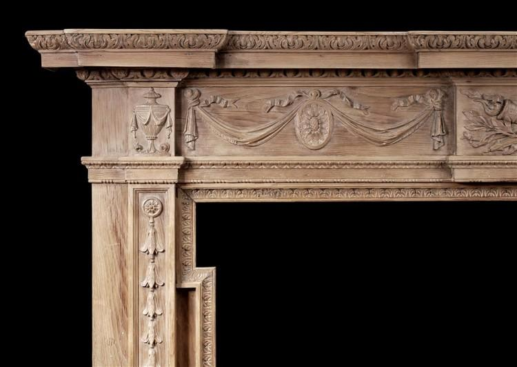A LARGE ENGLISH WOOD FIREPLACE IN THE GEORGIAN STYLE-Detail2