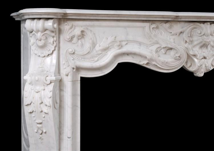 A FINE QUALITY FRENCH LOUIS XV STYLE MARBLE FIREPLACE IN CARRARA MARBLE-Detail2