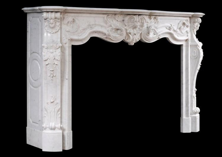 A FINE QUALITY FRENCH LOUIS XV STYLE MARBLE FIREPLACE IN CARRARA MARBLE-Detail5