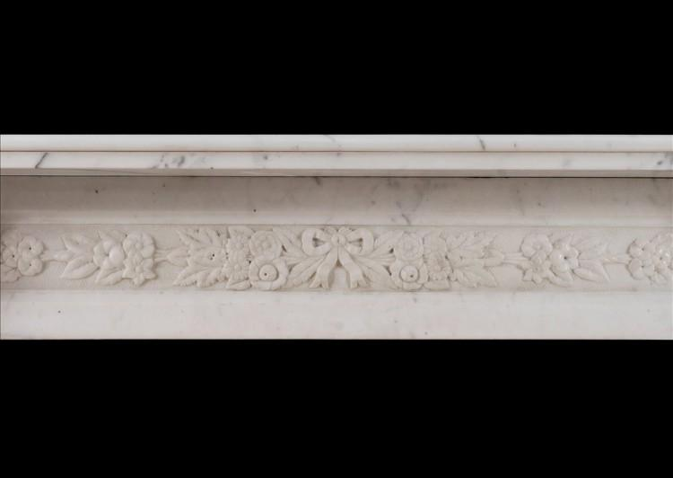 AN EARLY VICTORIAN ENGLISH STATUARY MARBLE FIREPLACE-Detail3