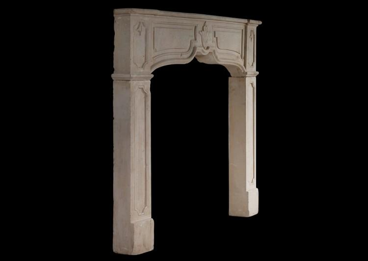 A RUSTIC FRENCH STONE FIREPLACE-Detail2