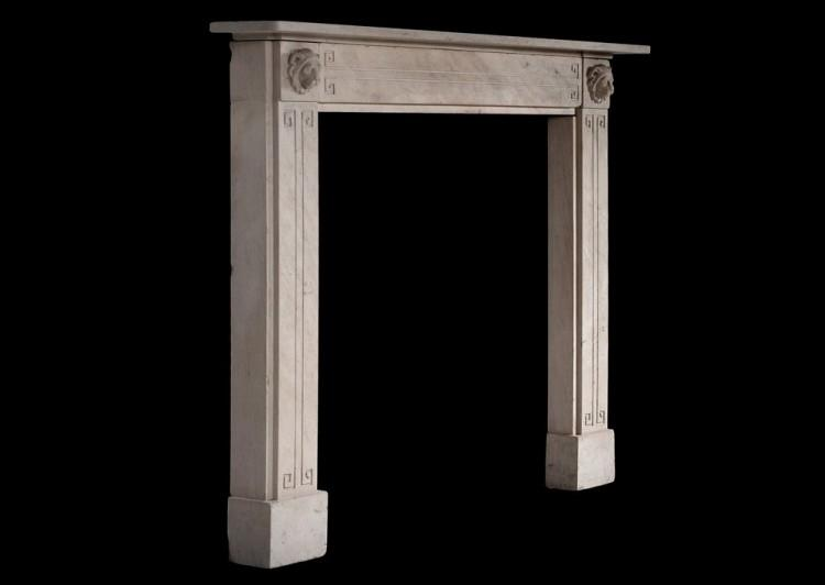 A FINE QUALITY PERIOD REGENCY LIMESTONE CHIMNEYPIECE WITH CARVED LIONS-Detail3