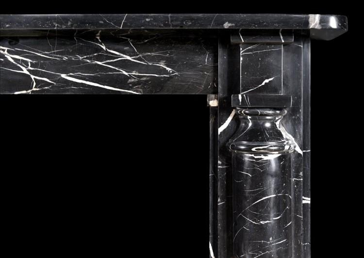 AN ENGLISH FIREPLACE IN NERO MARQUINA MARBLE-Detail1