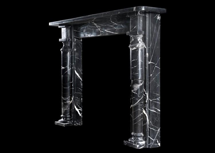 AN ENGLISH FIREPLACE IN NERO MARQUINA MARBLE-Detail2