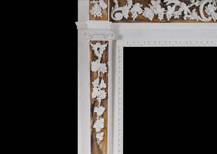 AN ENGLISH GEORGE II WHITE MARBLE FIREPLACE WITH SIENA INLAY-Detail2