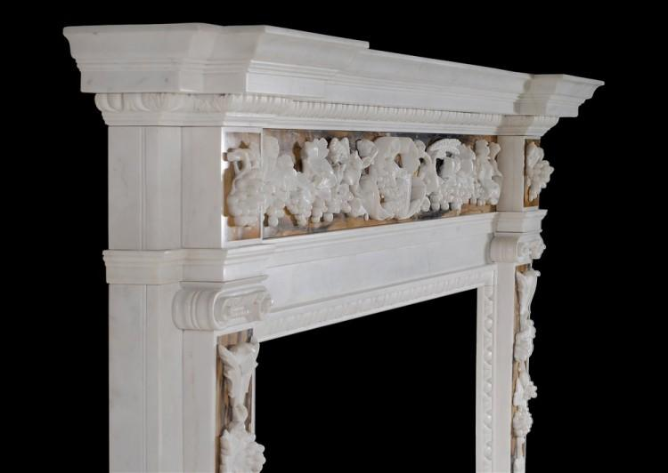 AN ENGLISH GEORGE II WHITE MARBLE FIREPLACE WITH SIENA INLAY-Detail4
