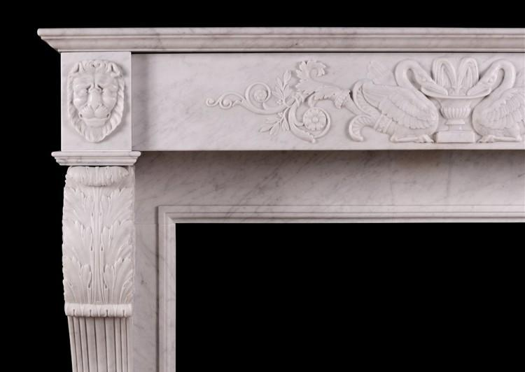 A 19TH CENTURY ITALIAN FIREPLACE IN CARRARA MARBLE-Detail1