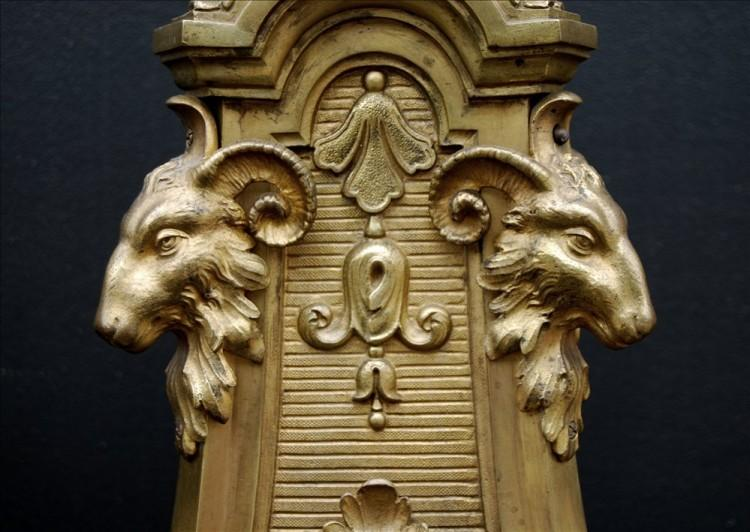 A PAIR OF MID 19TH CENTURY FRENCH BRASS ANDIRONS-Detail3