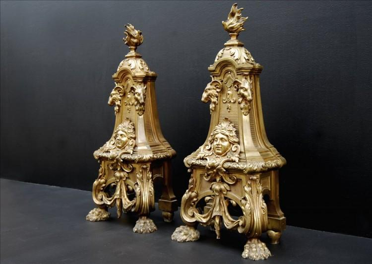 A PAIR OF MID 19TH CENTURY FRENCH BRASS ANDIRONS-Detail5