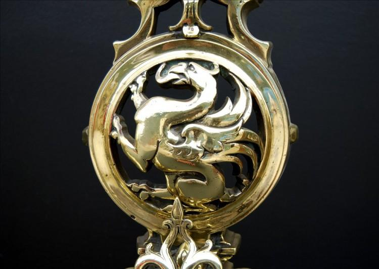 AN IMPRESSIVE PAIR OF FRENCH POLISHED BRASS FIREDOGS-Detail2