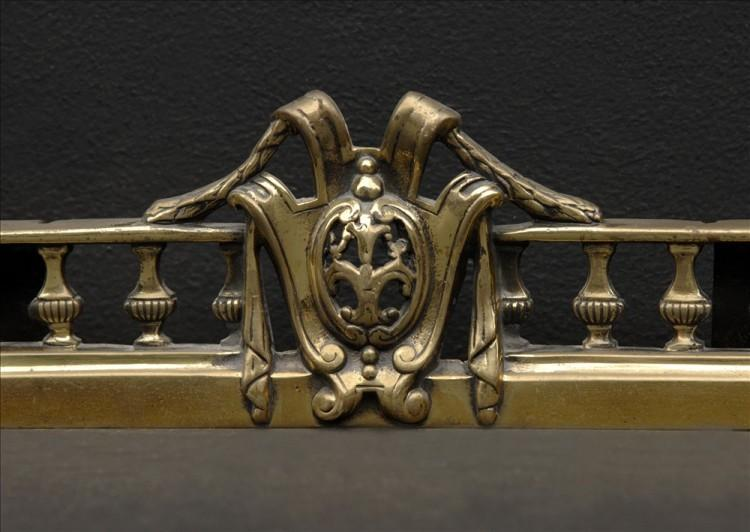 A DECORATIVE BRASS FRENCH FENDER-Detail2