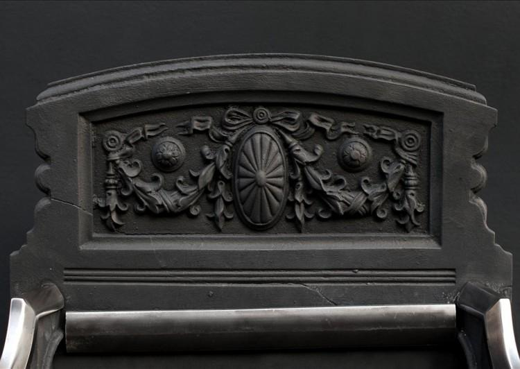 A VICTORIAN POLISHED STEEL FIRE BASKET-Detail1
