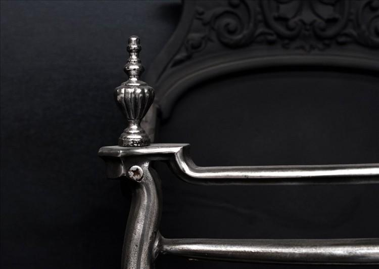 A LATE 19TH CENTURY POLISHED CAST IRON FIREBASKET-Detail1