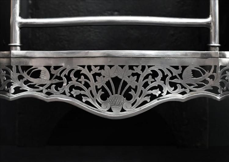 A MID GEORGIAN CHIPPENDALE STYLE STEEL FIREGRATE-Detail1