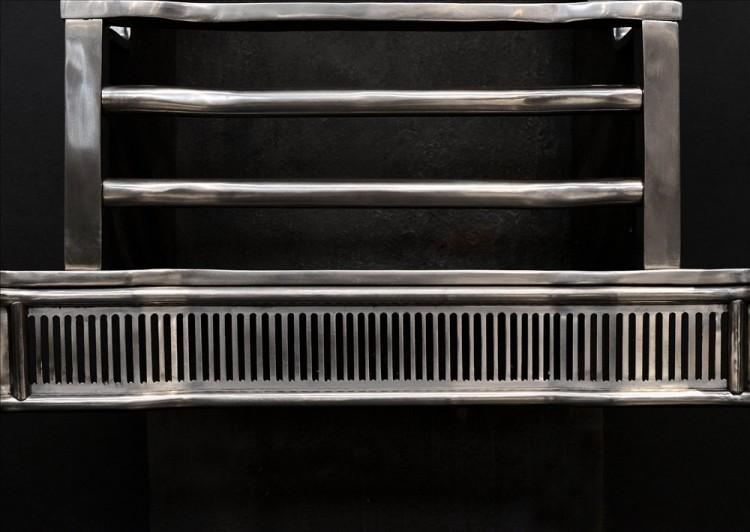 AN ELEGANT GEORGIAN STYLE POLISHED STEEL FIREGRATE-Detail2