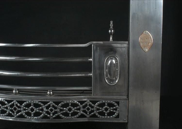 A 19TH CENTURY ENGLISH STEEL REGISTER GRATE WITH GUNMETAL DETAILING-Detail1